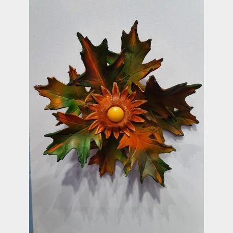 Eguzkilore de cuero centro color